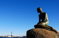 1913年著名的小美人魚銅像落成