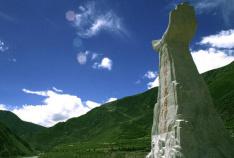 2000年三江源自然保护区成立